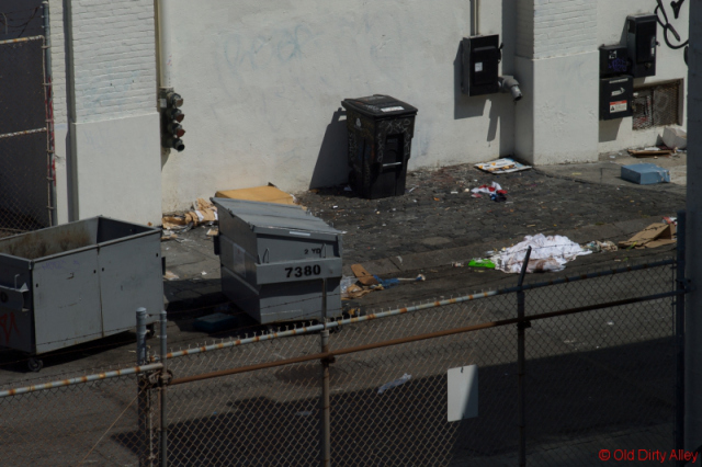 monday 12-jul-2010 11:00 am:  965 mission street's garbage dumpsters